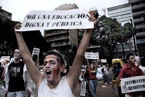 protesta-utp aumento presupuesto
